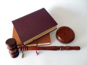 ספרי משפט ופטיש משפטי